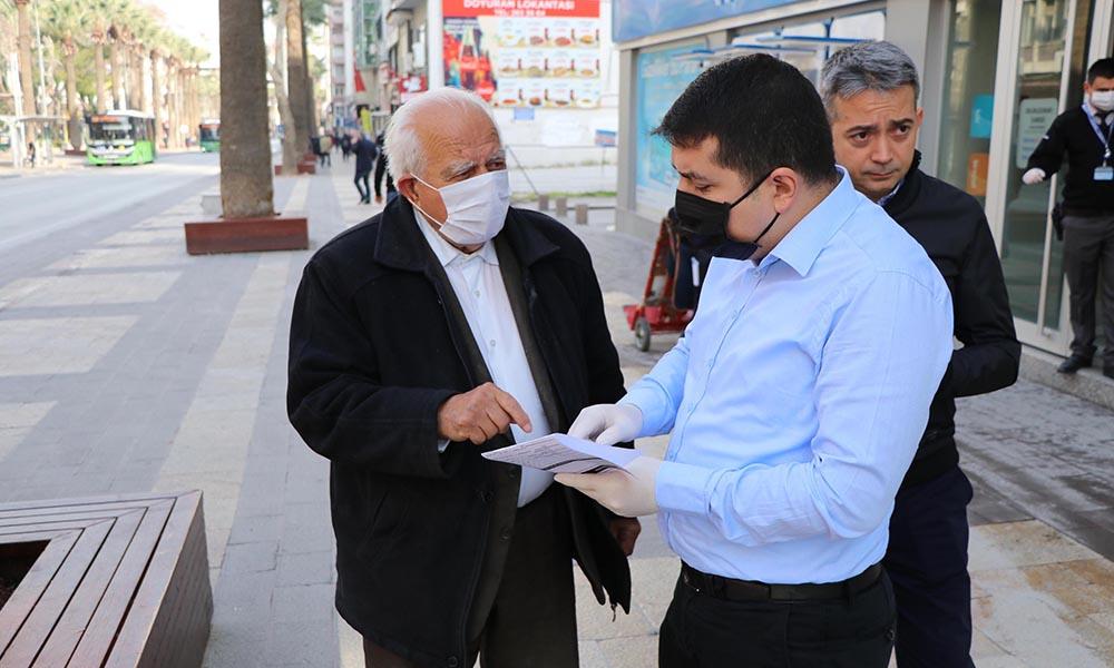 Sokağa çıkma yasağına uymayan 65 yaş üstü vatandaştan polise: İsterseniz 5 bin lira ceza kesin