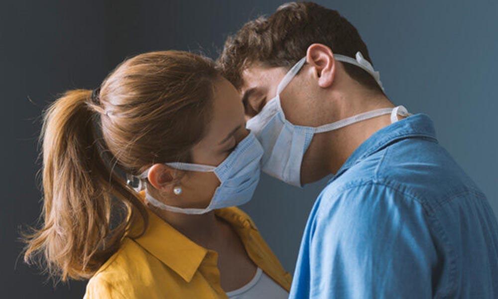 Cinsel ilişki yoluyla koronavirüs bulaşır mı? İşte dikkat edilmesi gerekenler…