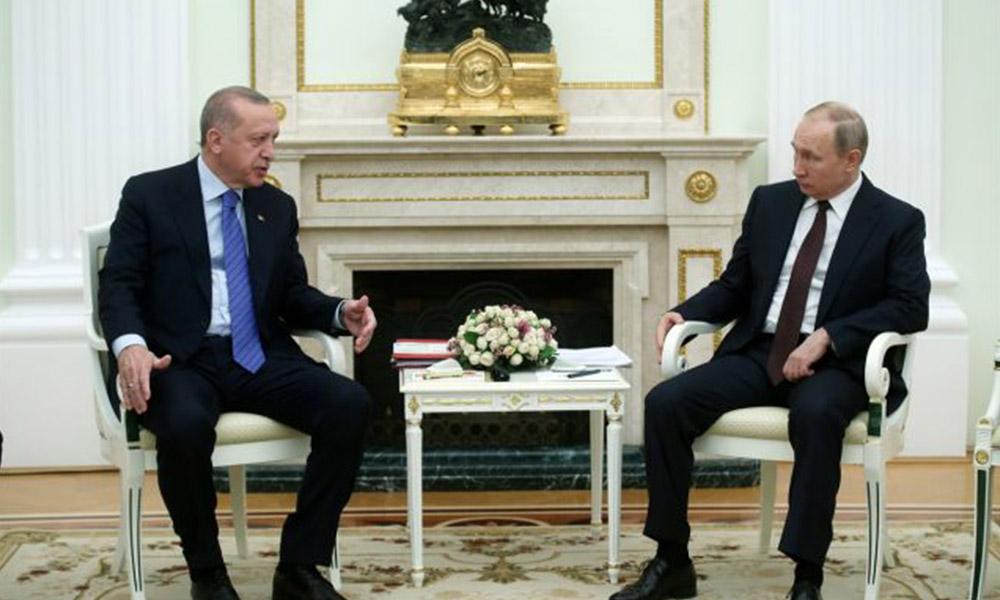 CNN Türk'te Putin ve Erdoğan'ın kravat rengi yorumlandı!