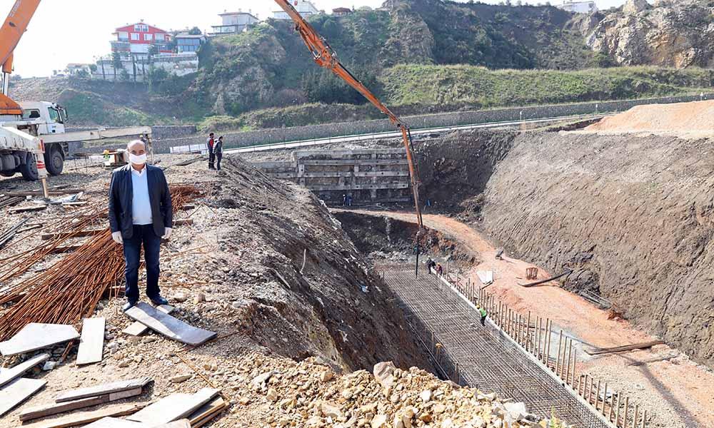 Yıldıztepe'nin temel betonu döküldü