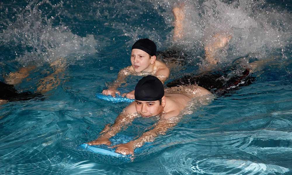 Büyükşehir'den yaz-kış yüzme kursu