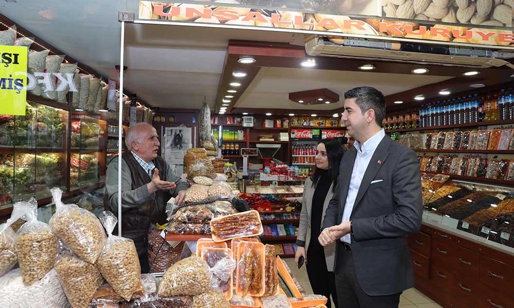 Başkan Gökhan Yüksel, Ankara Caddesi esnafını ziyaret etti