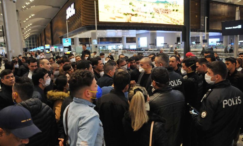 İstanbul Havalimanı'nda bekletilen bin 500 yabancı Karabük'e gönderildi