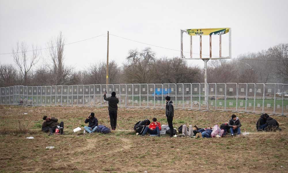 Af Örgütü Yunanistan sınırında: 15 dakikada bir biber gazı atılıyor!