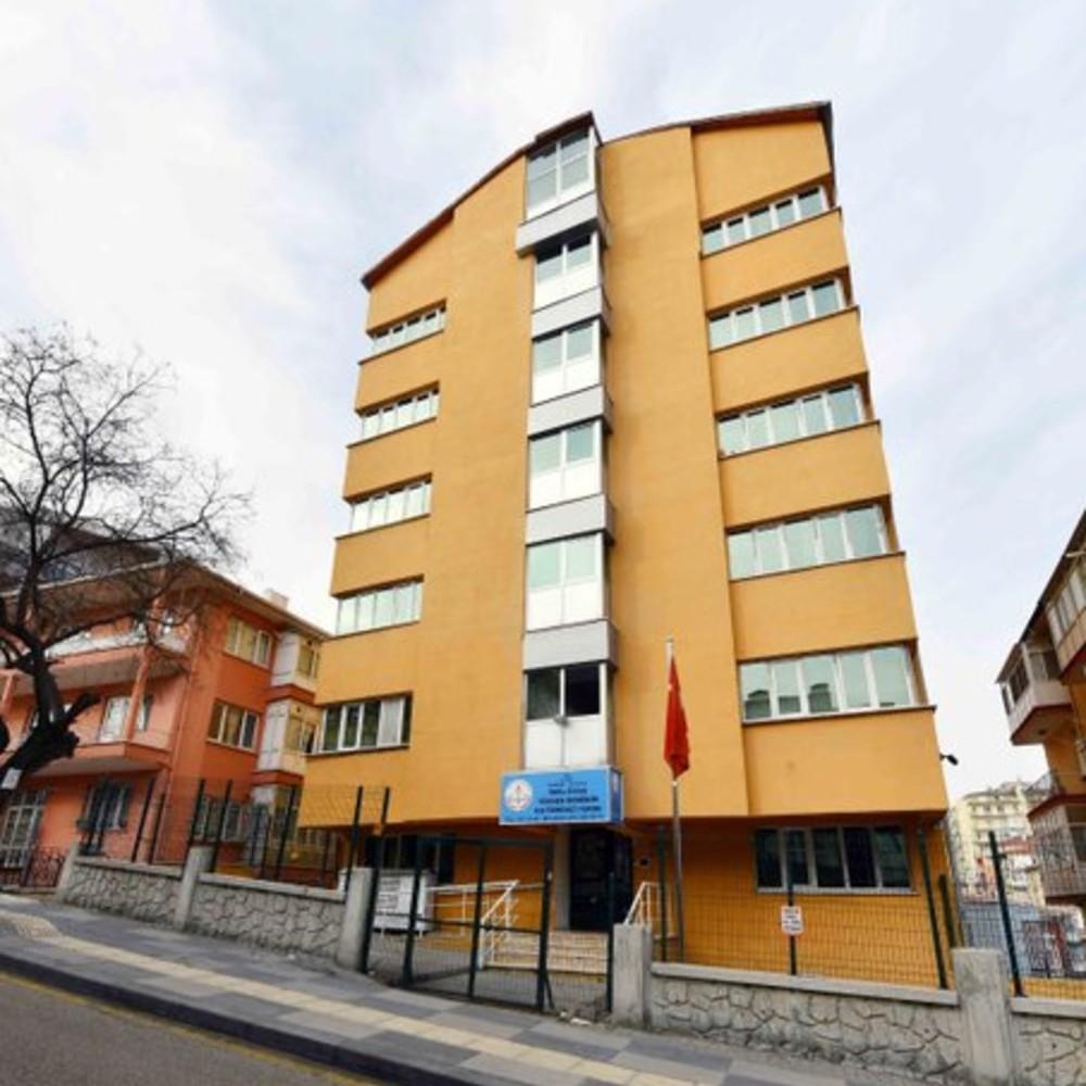 Ankara Büyükşehir Belediyesi'nden sağlık emekçilerine yurt tahsisi