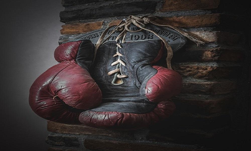 Dünyaca tanınmış boksör Çin'de mahsur kaldı!
