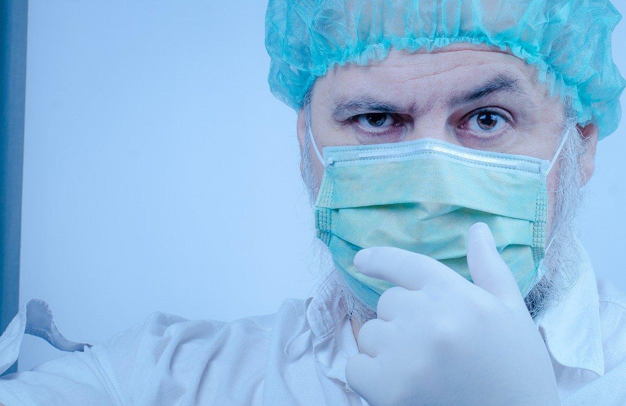 İstanbul'da kaç sağlık çalışanında koronavirüs çıktı? İlk kez sayı açıklandı!