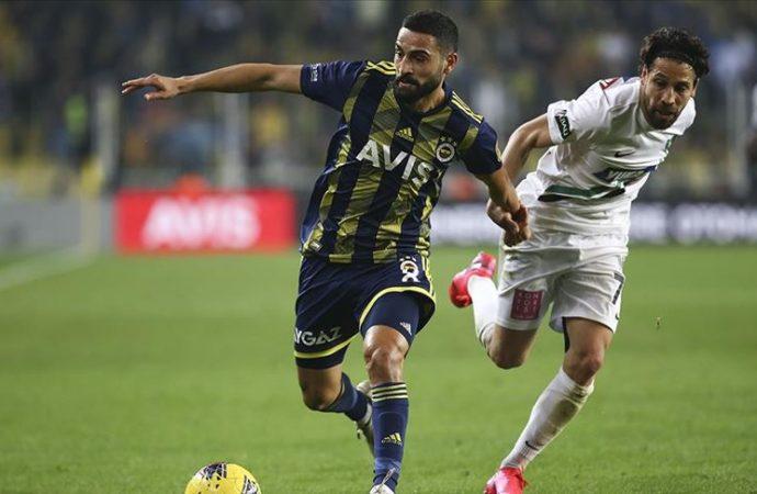 Fenerbahçe bir puanı uzatmalarda kurtardı