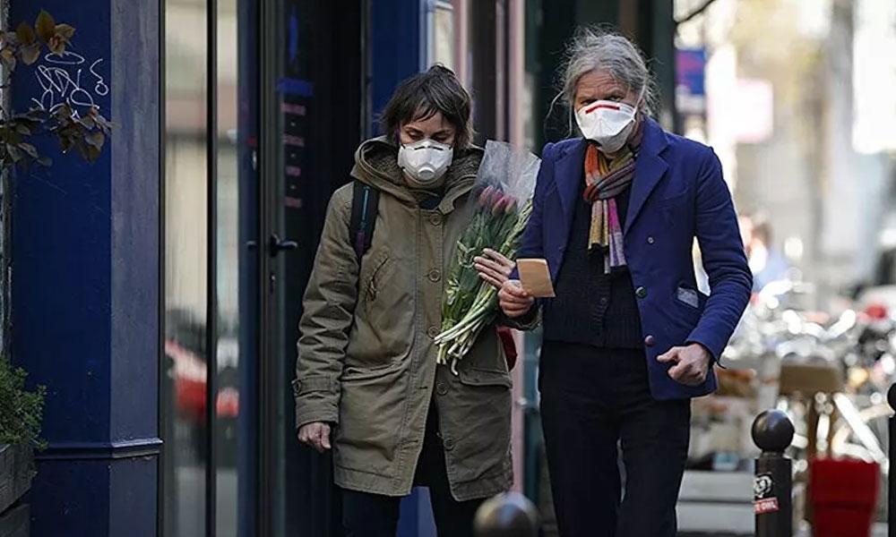 Fransa Sağlık Bakanı, koronavirüsün ülkeye kiliseden yayıldığını itiraf etti!