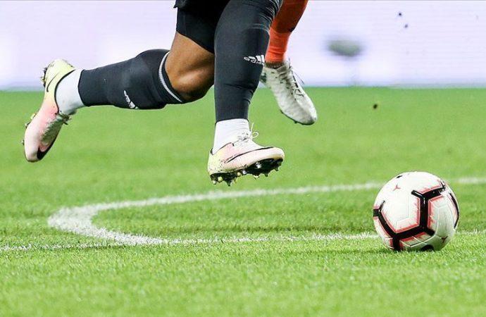 FIFA, futbolcu sözleşmeleri için kararını verdi