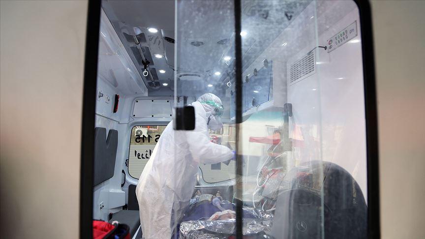 İran'da karantina merkezinin başhekimi de koronavirüse yakalandı