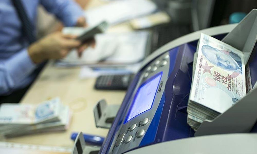 Altı bankadan kredi ve taksitlere erteleme! İşte o bankalar…