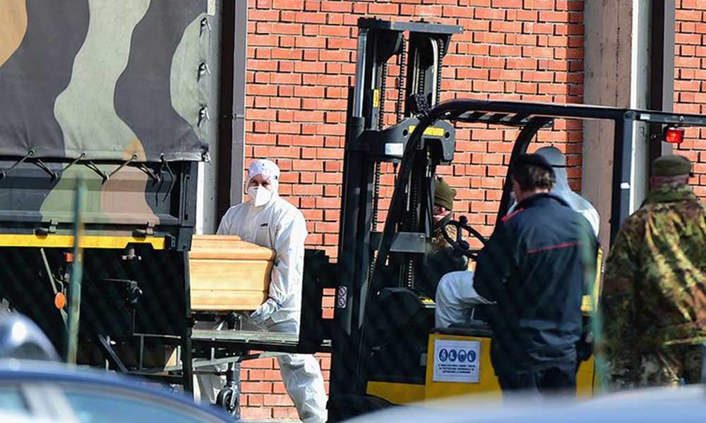 İspanya'da son 24 saatte koronavirüsten 318 ölüm