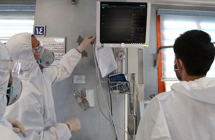 İran Sanayi, Maden ve Ticaret Bakanı Rıza Rahmani yeni tip koronavirüse yakalandı