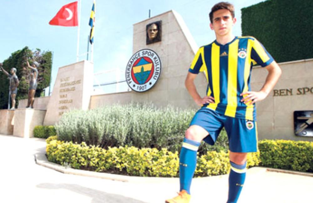 Fenerbahçe oynatmadı! Genç yıldıza devlerden talip çıktı!