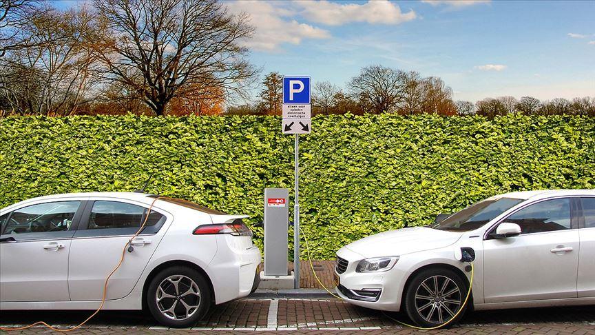 İngiltere'de ilk elektrikli araç şarj istasyonu açılıyor