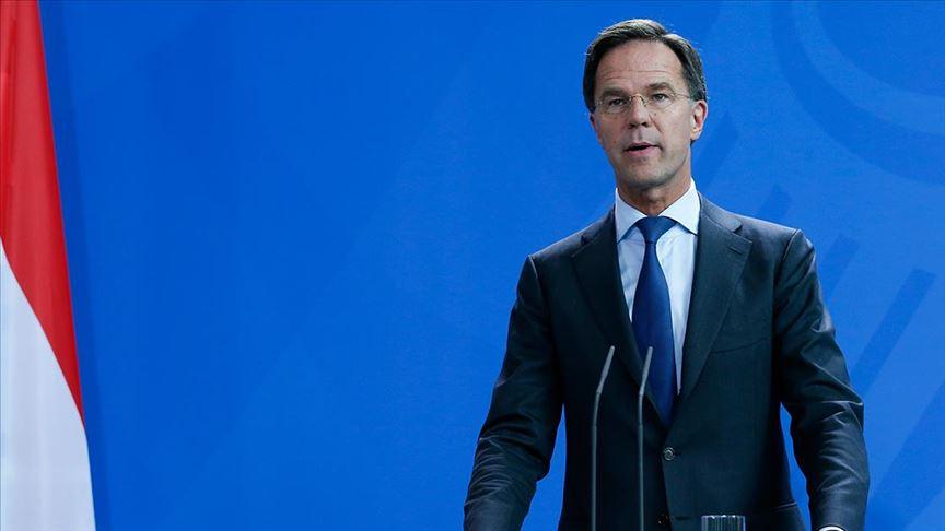 Hollanda başbakanı aşılama iki hafta geç başladığı için özür diledi