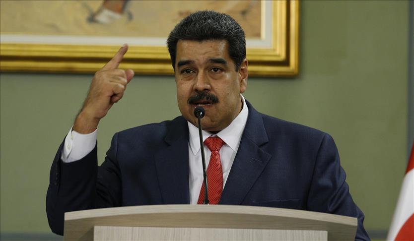 """Maduro: Ülkenin iyiliği için kadınlar """"altı çocuk"""" sahibi olmalı"""