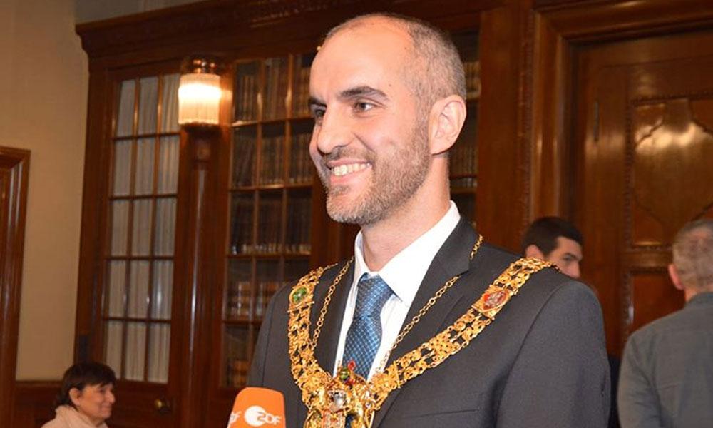 Almanya'nın Türk belediye başkanı koronavirüse yakalandı