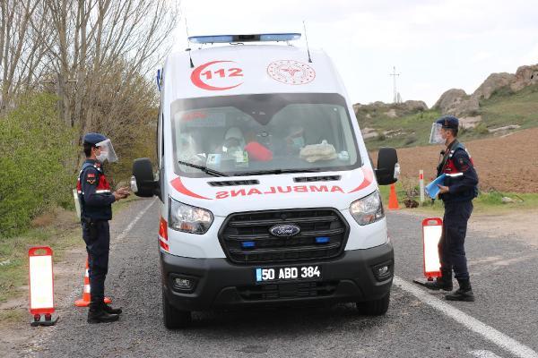 Muhtar cenaze namazına izin verdi, 45 kişi koronaya yakalandı