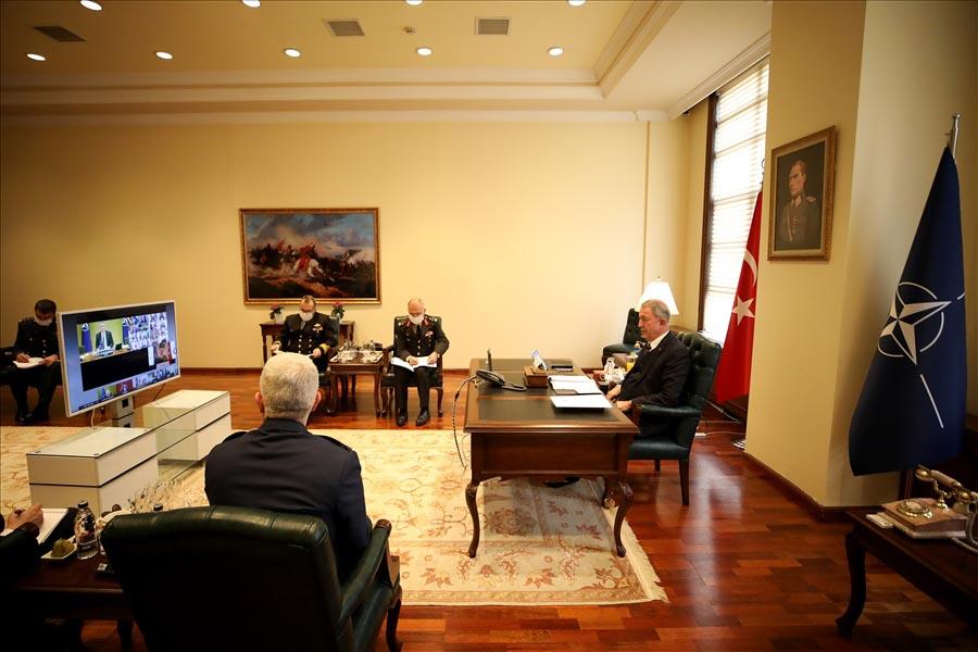 Bakan Akar, 'NATO Savunma Bakanları' toplantısına katıldı