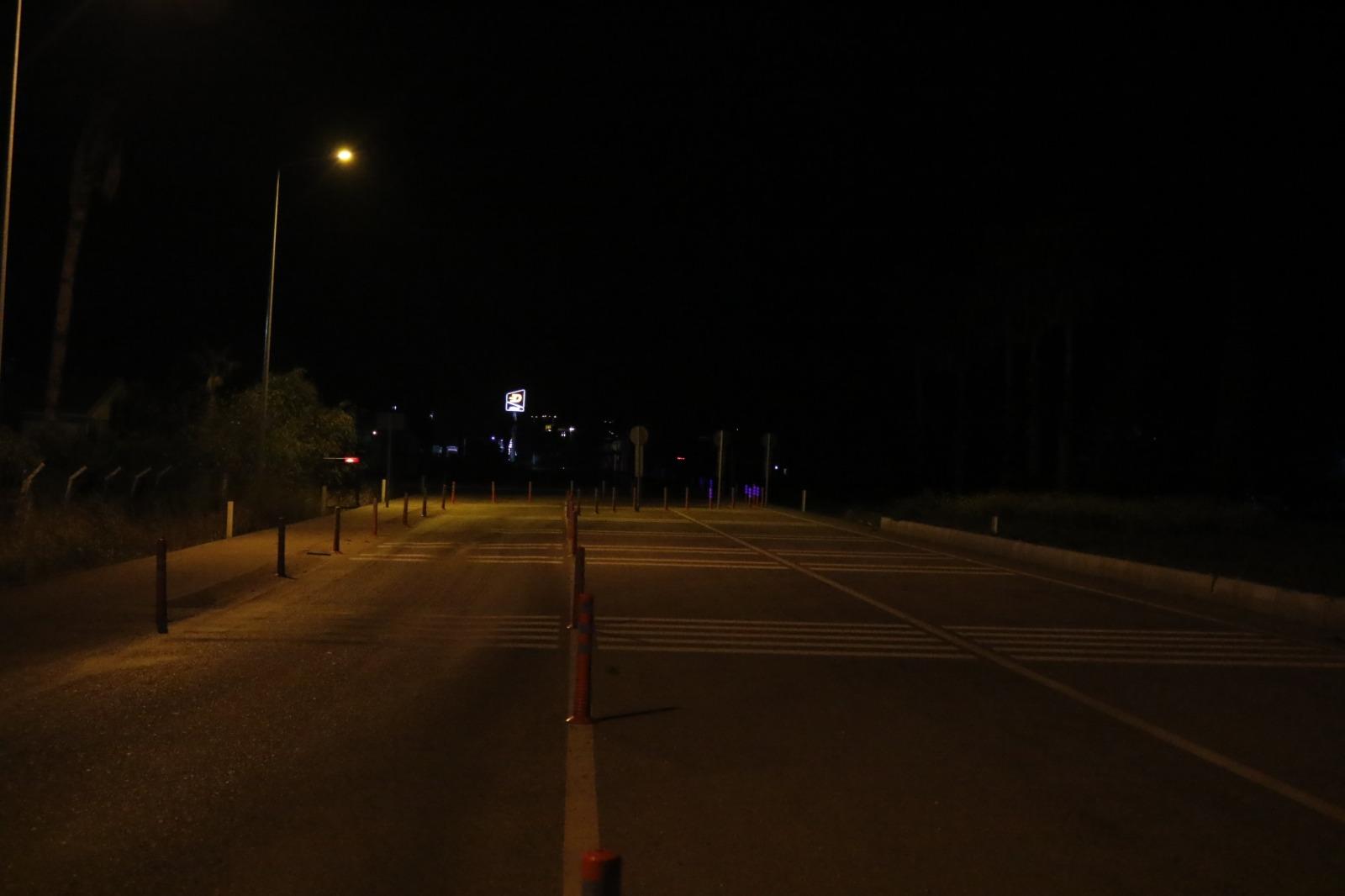 Antalya'ya giriş- çıkışlar yasaklandı: Araçlar şehre alınmayarak geri gönderildi