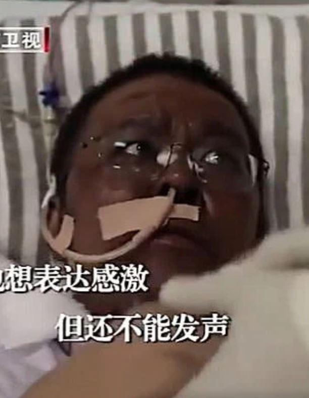 Şaşkınlık yarattı! Çin'de koronavirüsü yenen doktorların ten rengi değişti