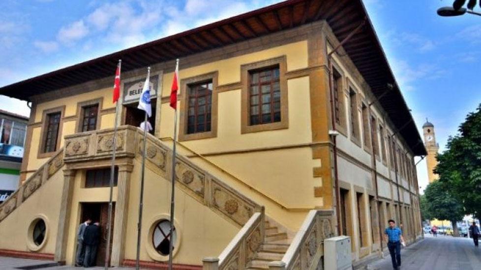 AKP'li belediyenin 'torpilli işe alımlarına' savcılıktan soruşturma