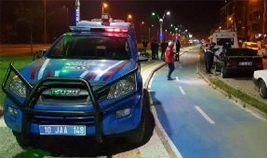 Jandarma ekiplerine silahlı saldırı: 2 asker yaralı!