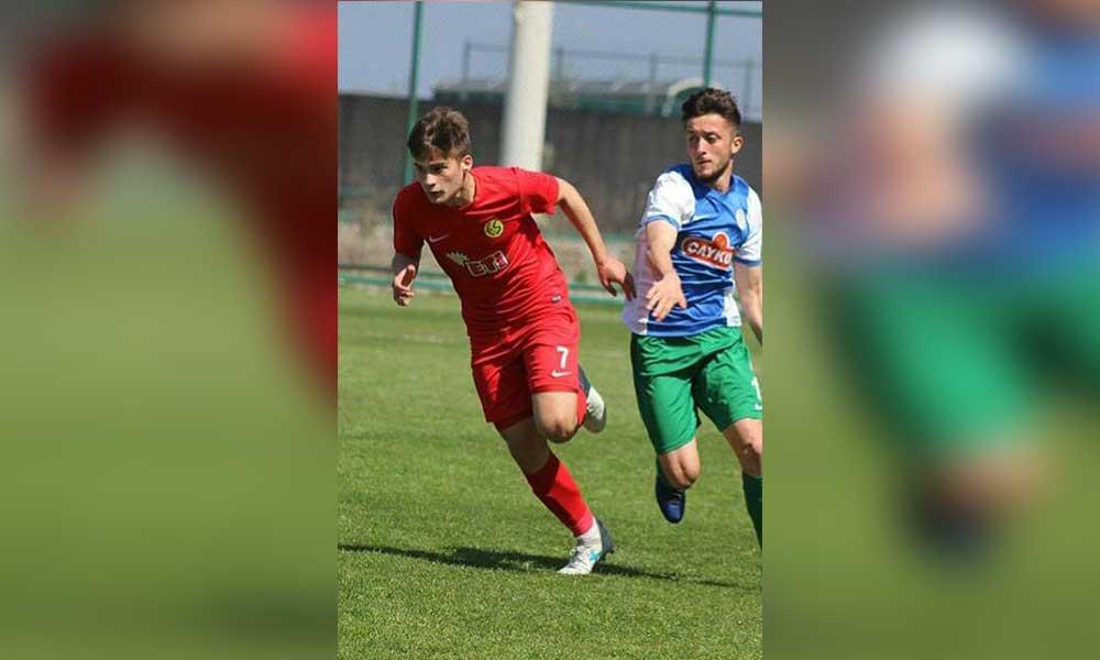 Eskişehirsporlu futbolcu hayatını kaybetti