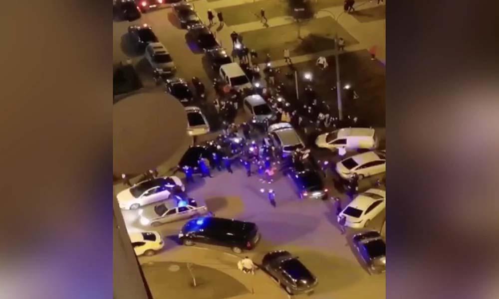 'Koronavirüs partisine' polis müdahalesi! İşte o görüntüler…