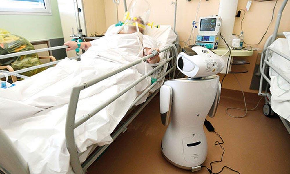 Dr. robot işbaşında! Bulaşma riski azalıyor…