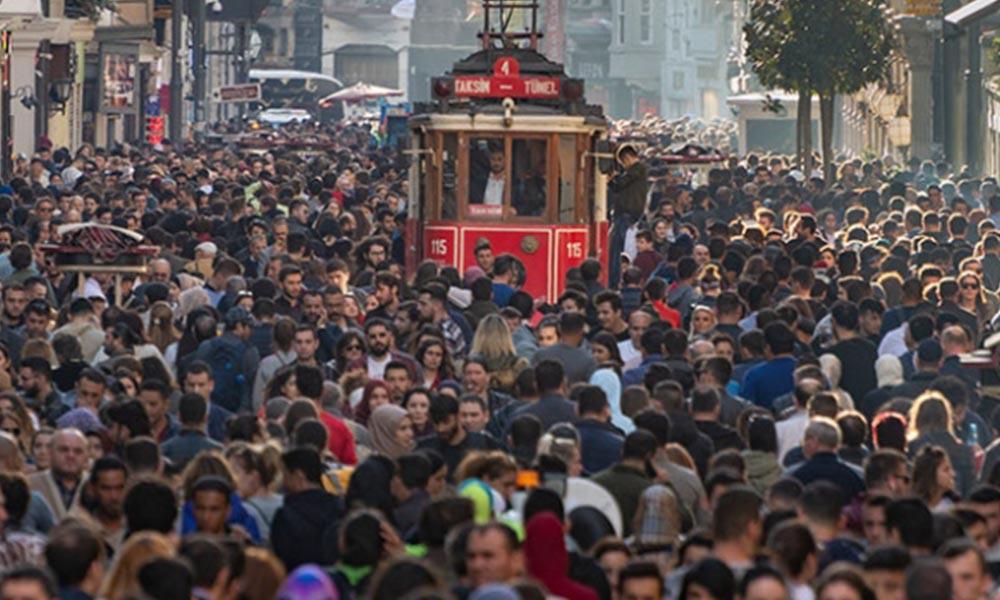 Yurttaşlar sokağa çıkma yasağı istiyor mu? İşte anket sonuçları…