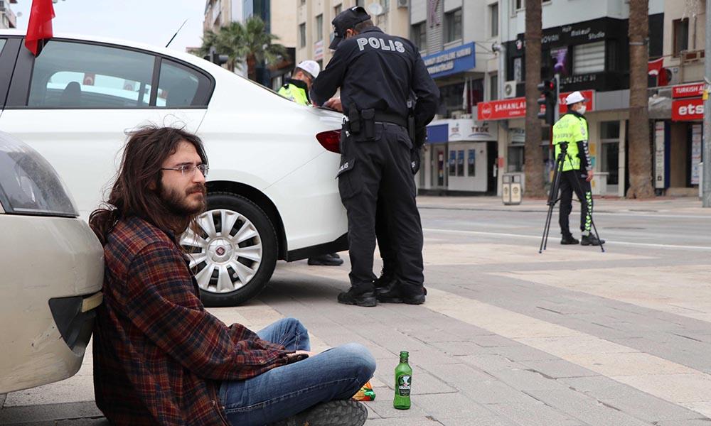 Yasağa rağmen alkollü halde sokağa çıkıp, ambulansa otostop çekti