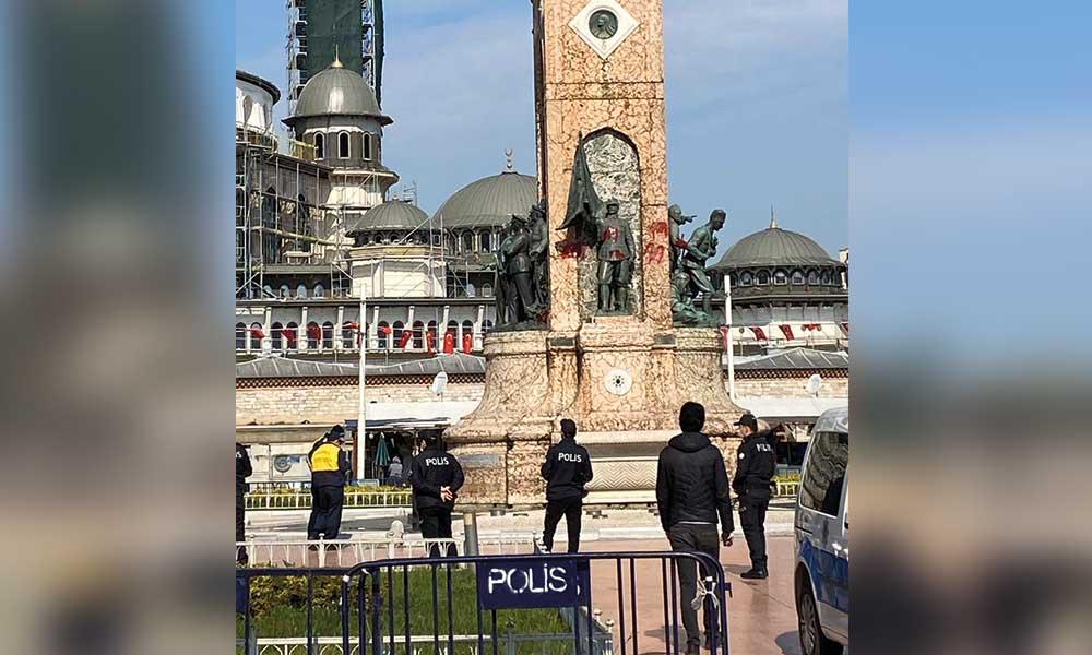 Taksim'deki Atatürk Anıtı'na kırmızı boyayla saldıran şüpheli yakalandı