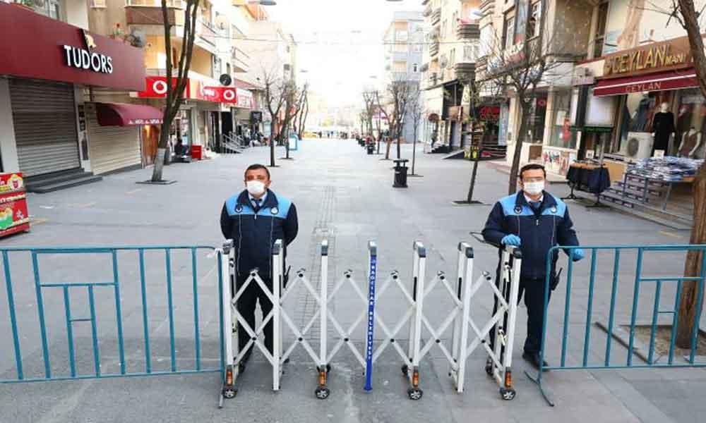 İstanbul'da bazı cadde ve meydanlar kapatıldı