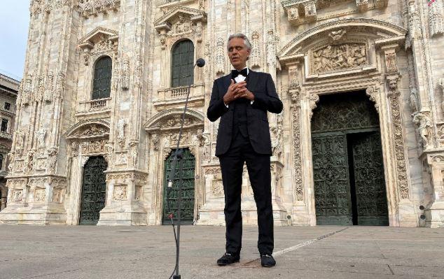 Bocelli'nin, kadetraldeki 'Umut için müzik' konseri milyonları ağlattı