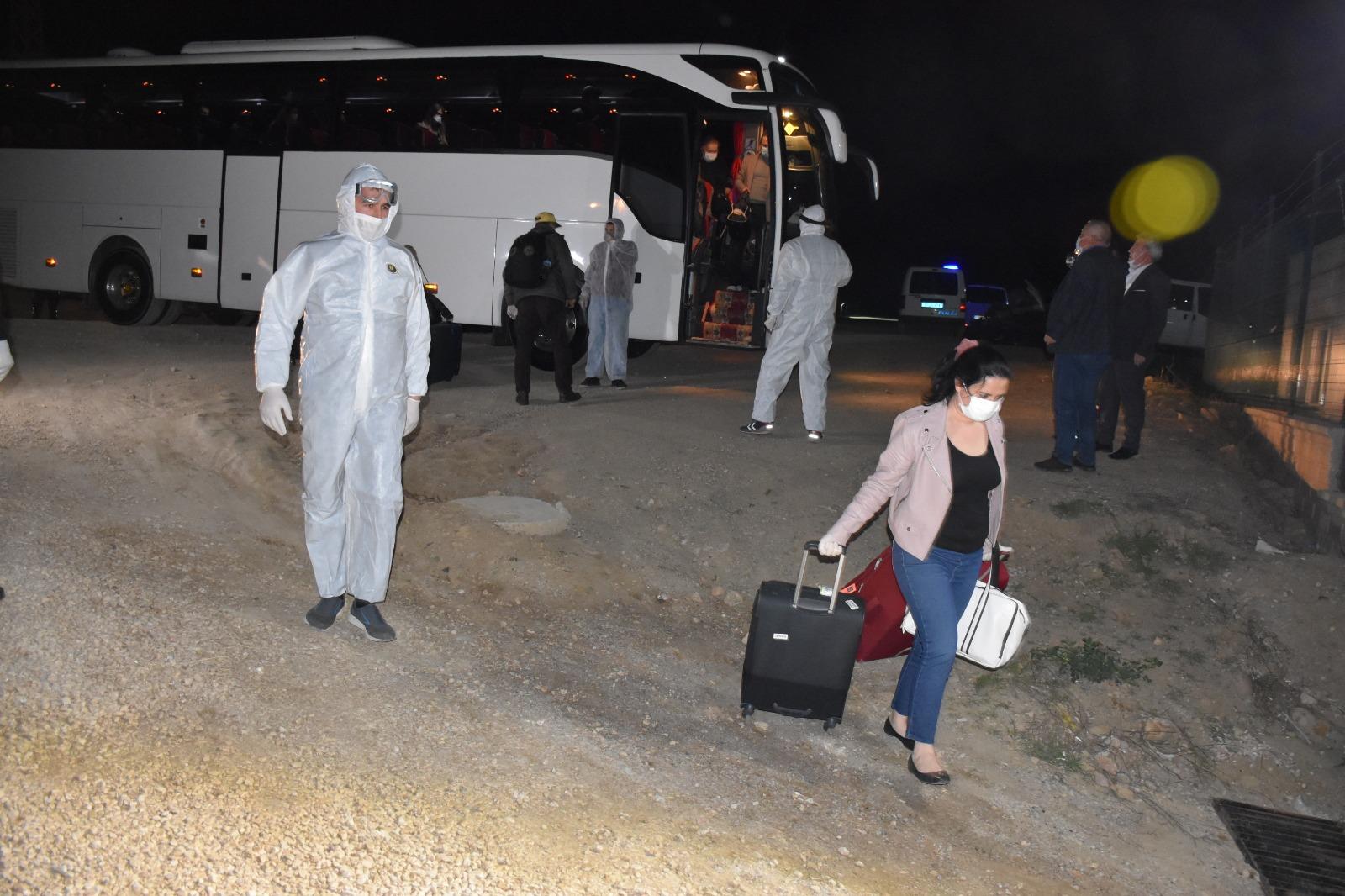 İngiltere'den getirilen 61kişi, Kırıkkale'de gözlem altına alındı