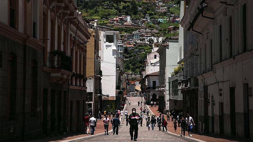 Ekvador'da salgının merkezinde 1424 ceset toplandı