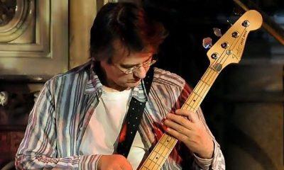 Gitarist Seligman, koronavirüs nedeniyle hayatını kaybetti