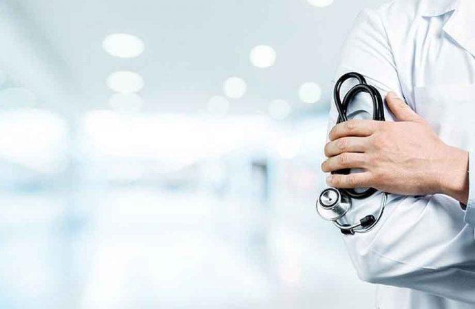 Koronavirüse yakalanan aile hekimlerinin ücretleri kesiliyor