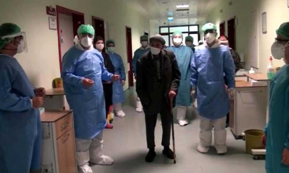 101 yaşında koronavirüsü yendi alkışlarla taburcu oldu