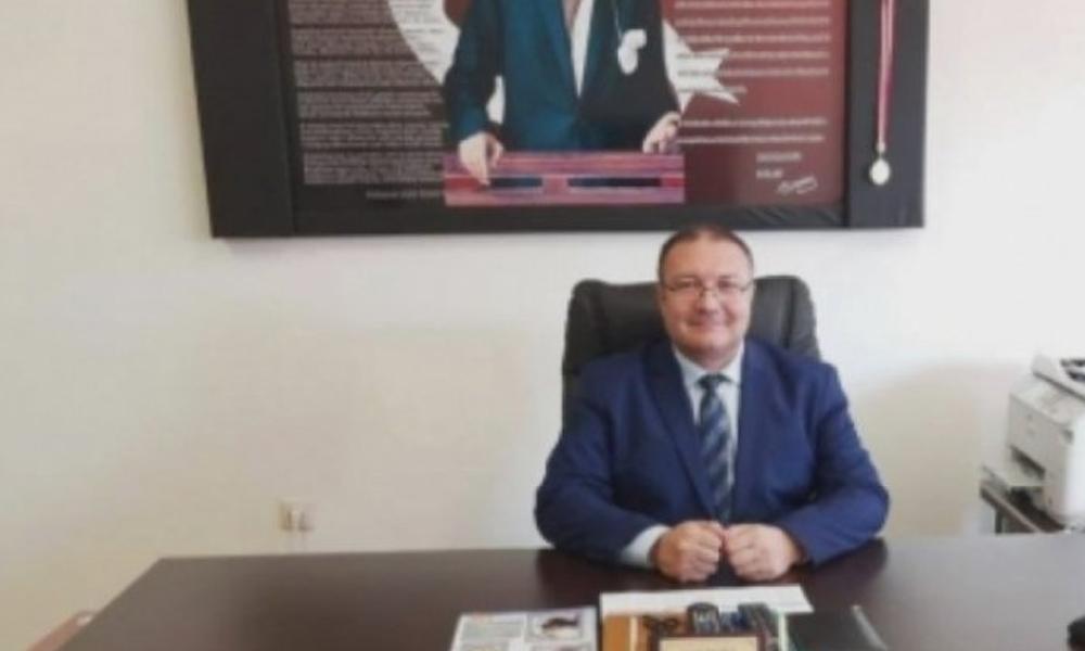 Okul müdürü koronavirüs'ten hayatını kaybetti