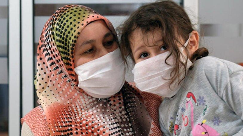 5 yaşındaki kızıyla umrede koronavirüse yakalanan hemşire: Bu onun bir imtihanı