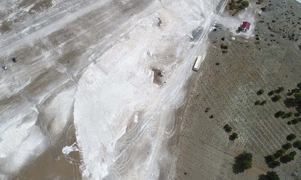 AKP'nin salgın fırsatçılığı! Salda Gölü talanından geriye çukurlar ve lastik izleri kaldı