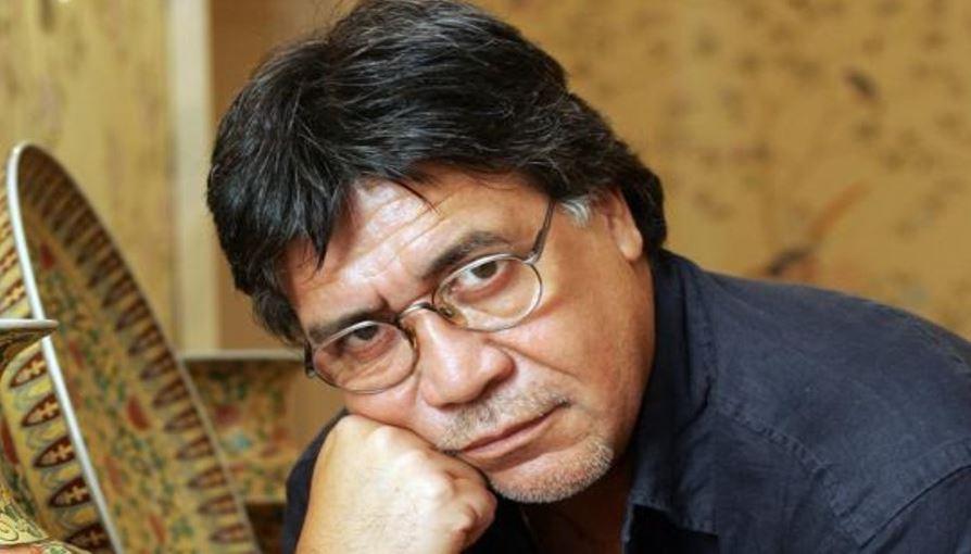 Usta yazar koronavirüs nedeniyle hayatını kaybetti