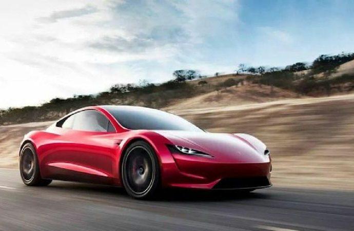 Tesla Kaliforniya'da yeniden üretime başlayacak
