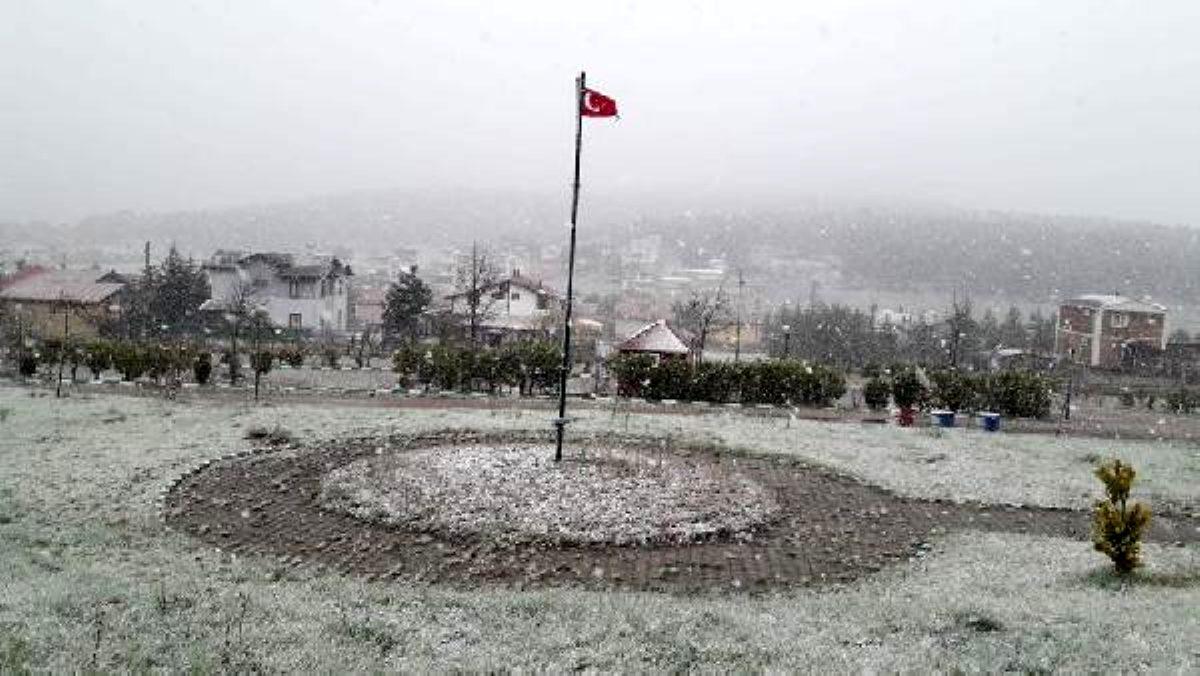 Nisan ayının son günlerinde kar sürprizi!