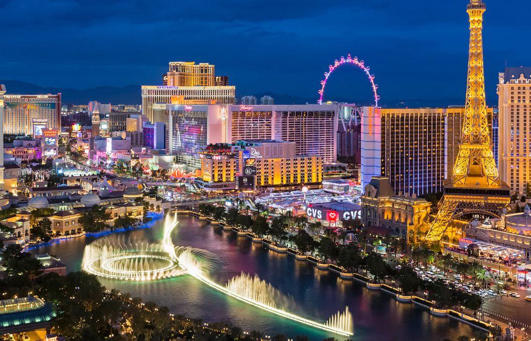 Las Vegas Valisi'nden tepki çeken açıklama: Virüsler yıllardır var, kumarhane açılsın