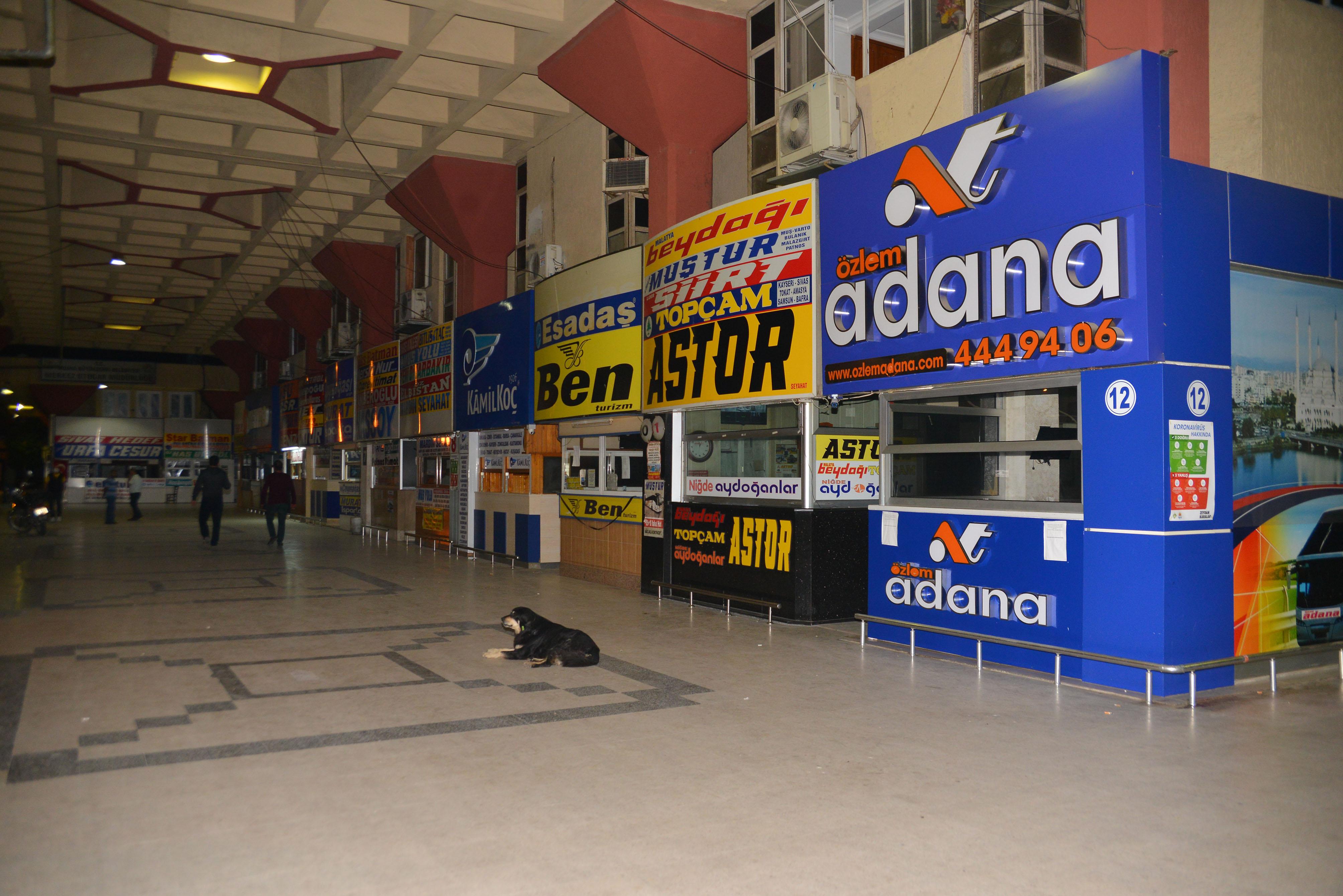 Adana'da yasak kalktı, kent girişinde yoğunluk yaşandı